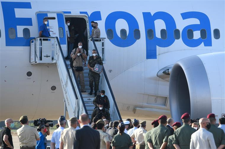 Até domingo está prevista a chegada de mais de três dezenas de afegãos a Portugal
