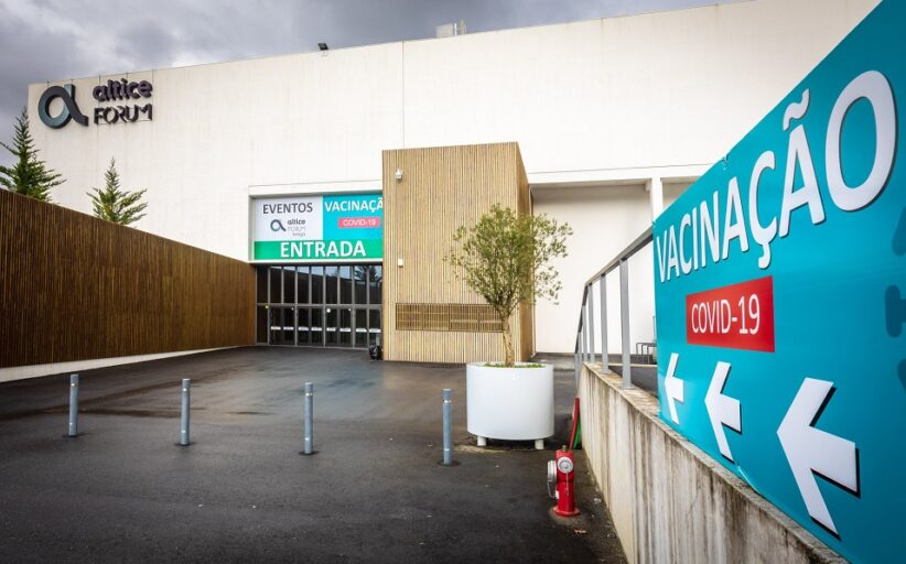 Centro de Vacinação de Braga já começou a vacinar contra gripe e está preparado para terceira dose anti-covid