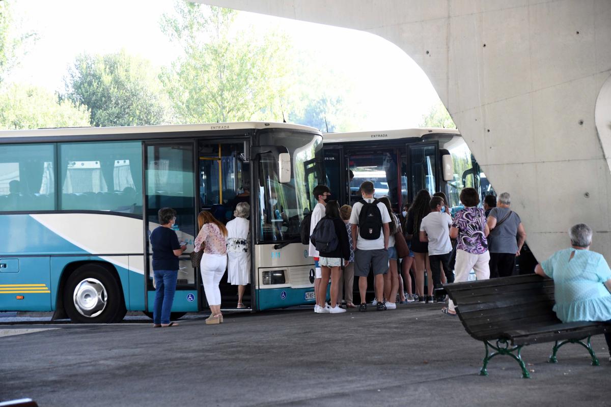 Câmara de Famalicão aprova 54 milhões para transportes públicos. PS contra 'timing'