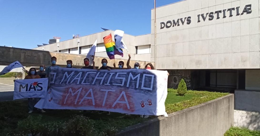 """Autárquicas. Vasco Santos alerta para que """"o machismo mata"""" junto ao Tribunal de Barcelos"""